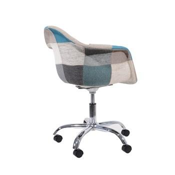 Cadeira Charles Eames Eiffel Com Braços - Base Giratoria - Assento Patchwork Azul E Cinza