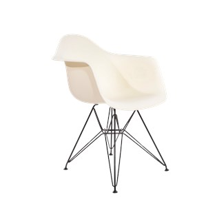 Cadeira Charles Eames Eiffel Com Braços e Base em Aço Preto - Assento em Polipropileno Cor Bege