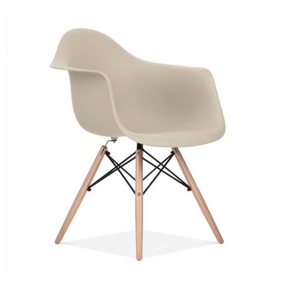 Cadeira Charles Eames Eiffel Com Braços e Base Madeira - Assento em Polipropileno Cor Bege